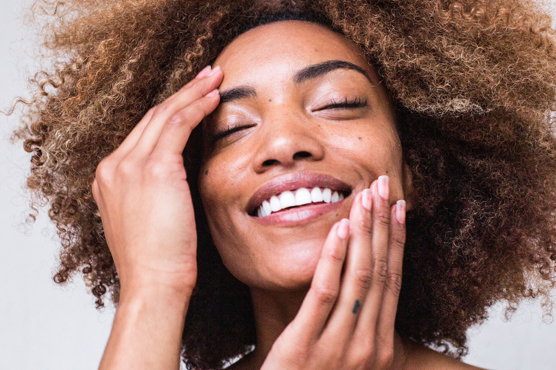 The Best Ways to Incorporate CBD Into Your Skincare Routine